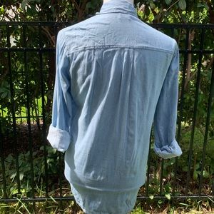Hollister Tops - Hollister Long Sleeves Button Down Shirt S C64